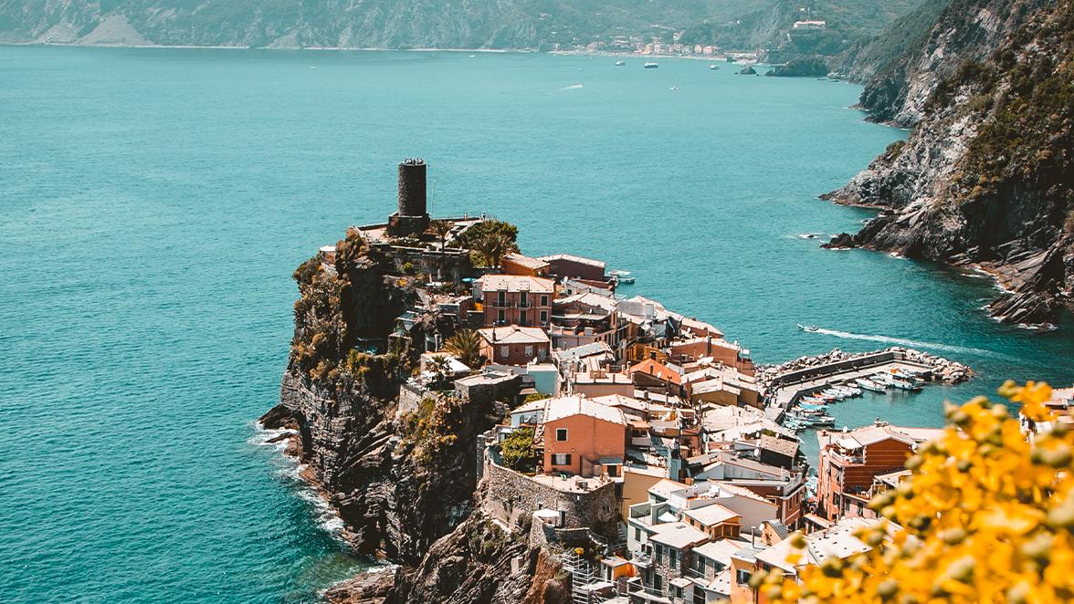 Breaking Italy podcast di Alessandro Shy Masala