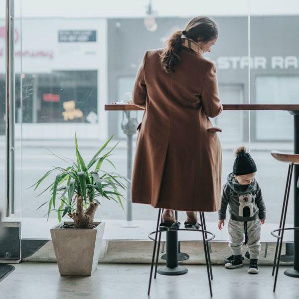 Mamma che lavora | Copernico
